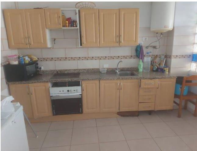 Piso en venta en Piso en Arona, Santa Cruz de Tenerife, 99.900 €, 3 habitaciones, 1 baño, 120 m2