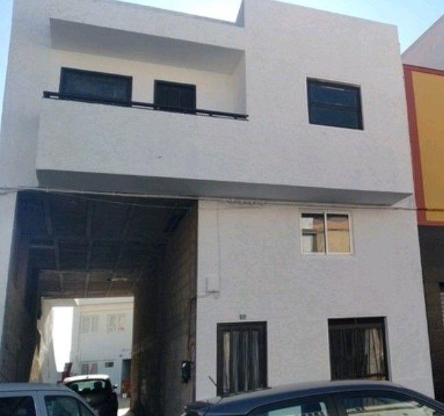 Edificio en venta en Edificio en Granadilla de Abona, Santa Cruz de Tenerife, 250.000 €, 240 m2, Garaje