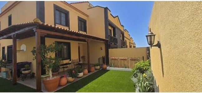 Casa en venta en Casa en San Miguel de Abona, Santa Cruz de Tenerife, 284.000 €, 3 habitaciones, 3 baños, 190 m2, Garaje
