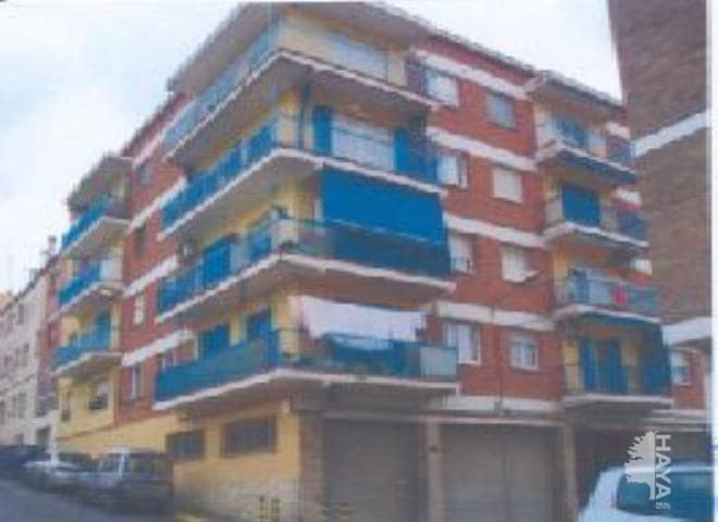Piso en venta en El Pont de Vilomara I Rocafort, Barcelona, Calle Mestre Saura, 59.800 €, 4 habitaciones, 1 baño, 106 m2