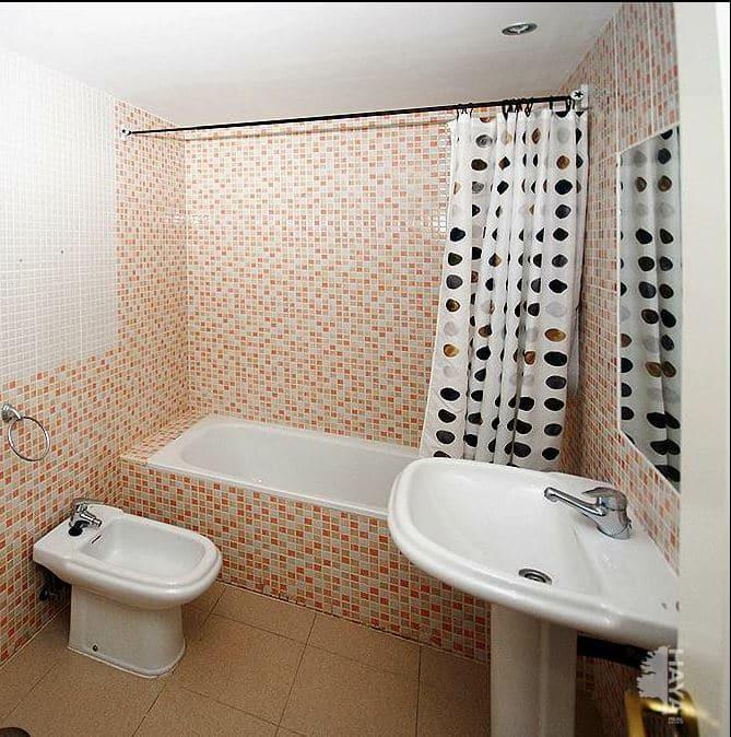 Piso en venta en Piso en Ocaña, Toledo, 2 habitaciones, 1 baño, 98 m2