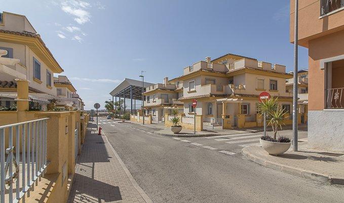 Casa en venta en Murcia, Murcia, Calle Amanecer, 69.300 €, 3 habitaciones, 2 baños, 124 m2