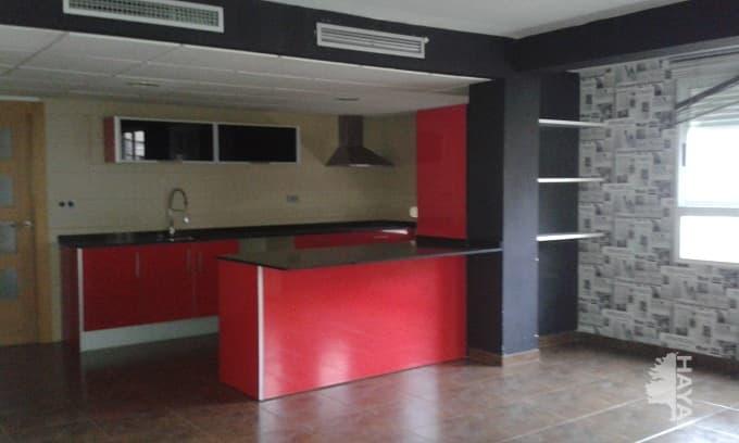 Piso en venta en Urbanización Penyeta Roja, Castellón de la Plana/castelló de la Plana, Castellón, Calle Vall D`uixo, 53.000 €, 1 habitación, 1 baño, 91 m2