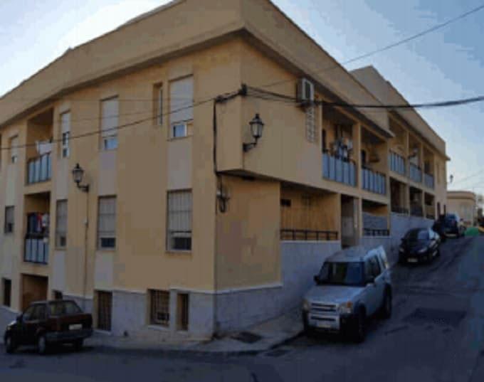 Piso en venta en Viator, Viator, Almería, Calle Malpica, 81.700 €, 3 habitaciones, 6 baños, 69 m2