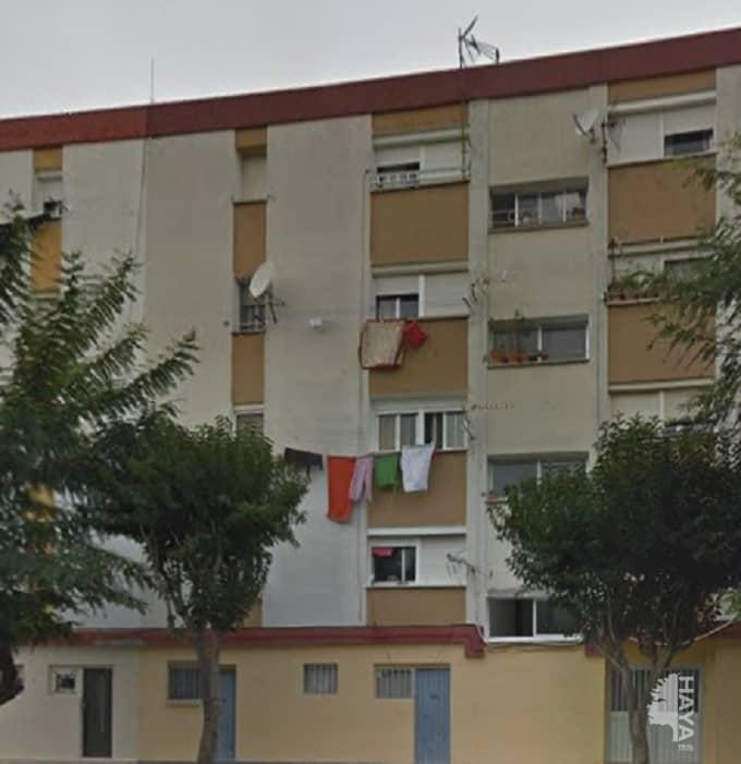 Piso en venta en Campamento, San Roque, Cádiz, Calle Sancho Panza, 55.000 €, 3 habitaciones, 1 baño, 80 m2