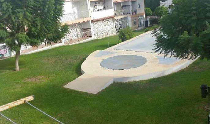 Piso en venta en Piso en Roquetas de Mar, Almería, 72.100 €, 3 habitaciones, 1 baño, 87 m2