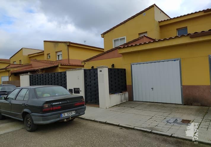 Casa en venta en Villaralbo, Villaralbo, Zamora, Calle los Inquines, 146.000 €, 4 habitaciones, 3 baños, 156 m2