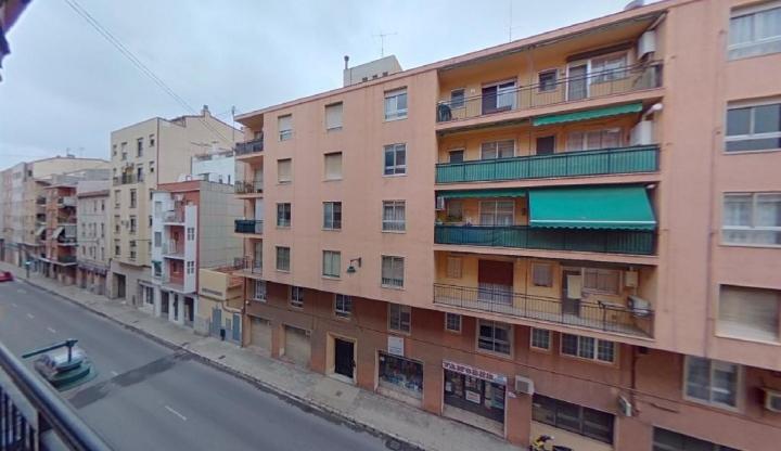 Piso en venta en Piso en Alcoy/alcoi, Alicante, 83.000 €, 2 habitaciones, 1 baño, 88 m2