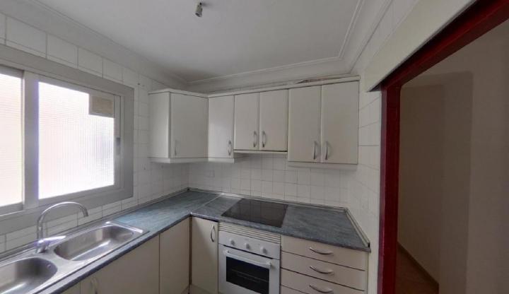 Piso en venta en Piso en Mislata, Valencia, 101.500 €, 4 habitaciones, 1 baño, 96 m2