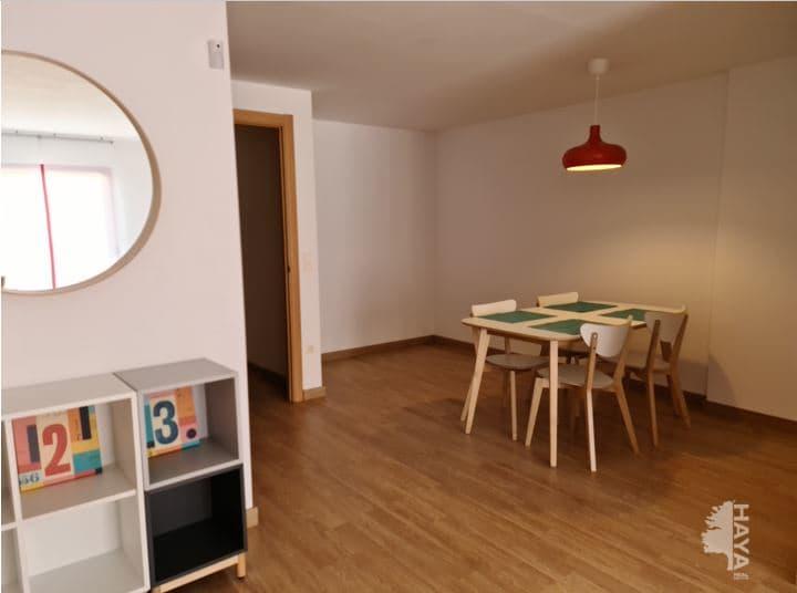 Piso en venta en Piso en Cassà de la Selva, Girona, 85.000 €, 2 habitaciones, 1 baño, 58 m2