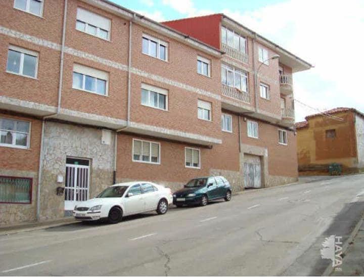 Piso en venta en Villasinta de Torío, Villaquilambre, León, Calle Tras la Casas, 85.700 €, 3 habitaciones, 2 baños, 140 m2