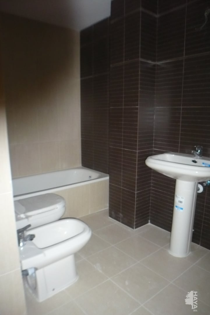 Piso en venta en Piso en Agoncillo, La Rioja, 49.000 €, 2 habitaciones, 1 baño, 69 m2