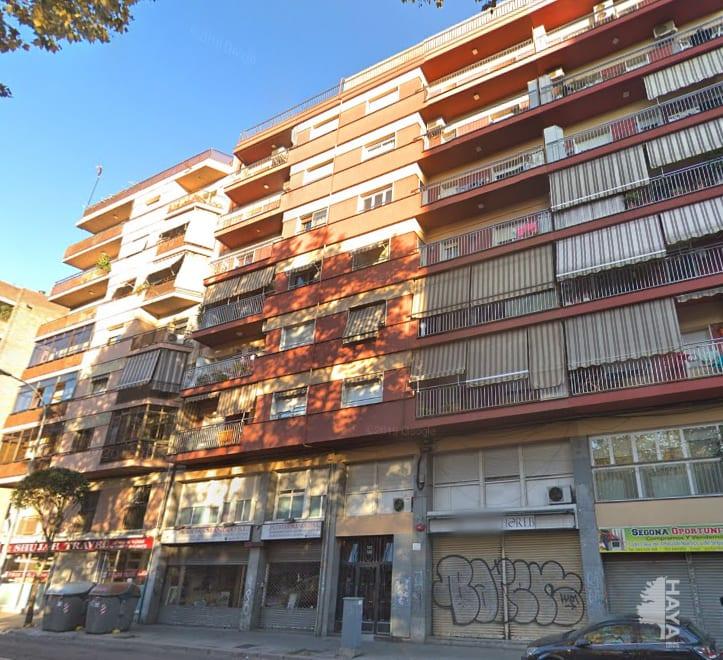 Piso en venta en Badalona, Barcelona, Avenida Alfonso Xiii, 125.600 €, 3 habitaciones, 1 baño, 65 m2