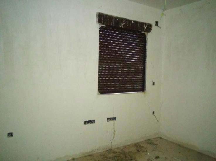 Casa en venta en Casa en Hontanares de Eresma, Segovia, 101.200 €, 4 habitaciones, 2 baños, 276 m2, Garaje