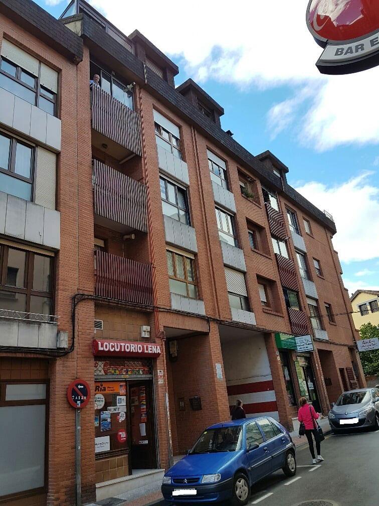 Piso en venta en Piso en Lena, Asturias, 67.000 €, 3 habitaciones, 2 baños, 96 m2