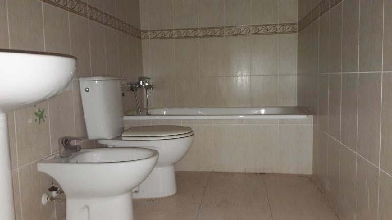 Piso en venta en Piso en Burriana, Castellón, 105.000 €, 3 habitaciones, 2 baños, 123 m2, Garaje