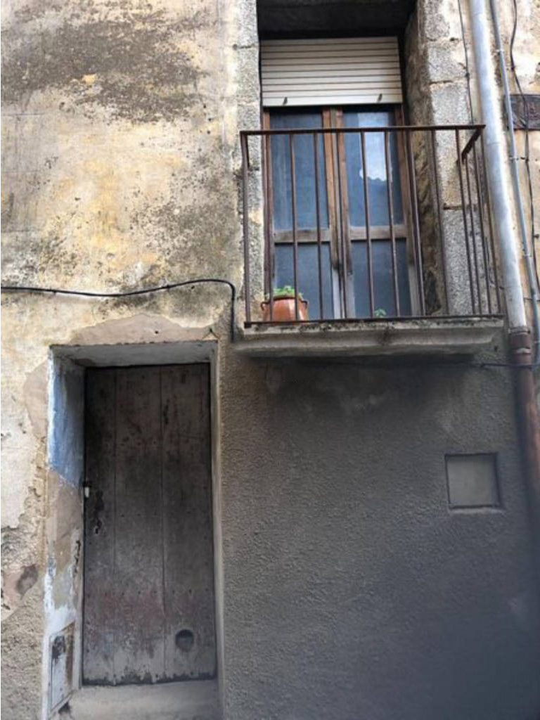 Piso en venta en Sant Andreu D`oliveda, Maçanet de Cabrenys, Girona, Calle Magre, 68.300 €, 1 habitación, 1 baño, 150 m2