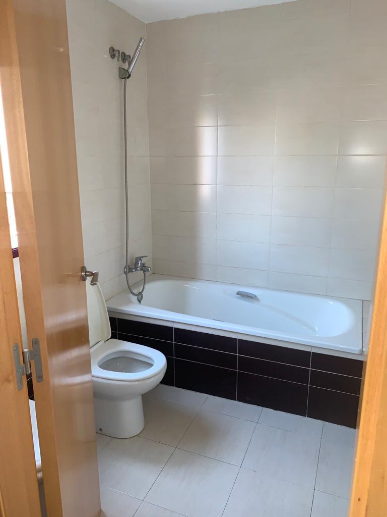 Piso en venta en Poblados Marítimos, Burriana, Castellón, Calle Almesias, 111.000 €, 3 habitaciones, 2 baños, 131 m2