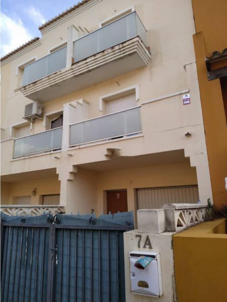 Casa en venta en Beniarbeig, Alicante, Calle Ondara, 135.000 €, 3 habitaciones, 2 baños, 158 m2