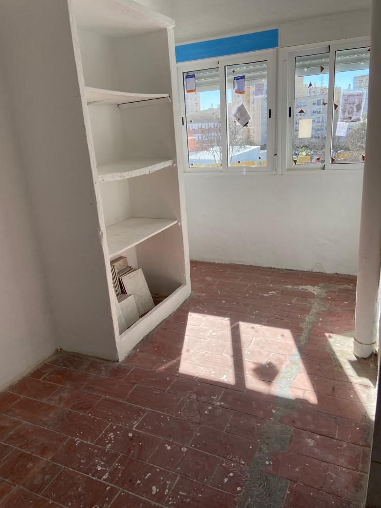 Piso en venta en Piso en Jerez de la Frontera, Cádiz, 43.700 €, 3 habitaciones, 1 baño, 74 m2