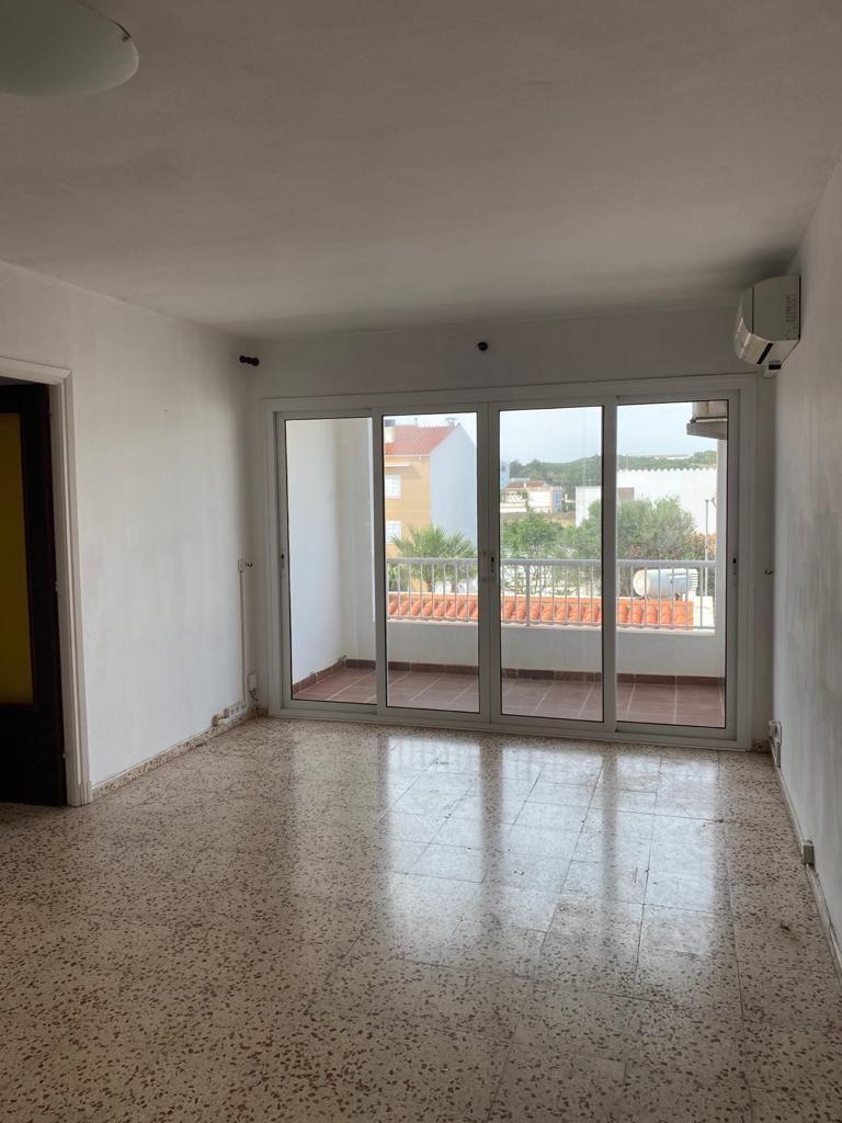 Piso en venta en Sol D`este, Es Castell, Baleares, Calle Calle Rosari, 122.500 €, 3 habitaciones, 1 baño, 81 m2