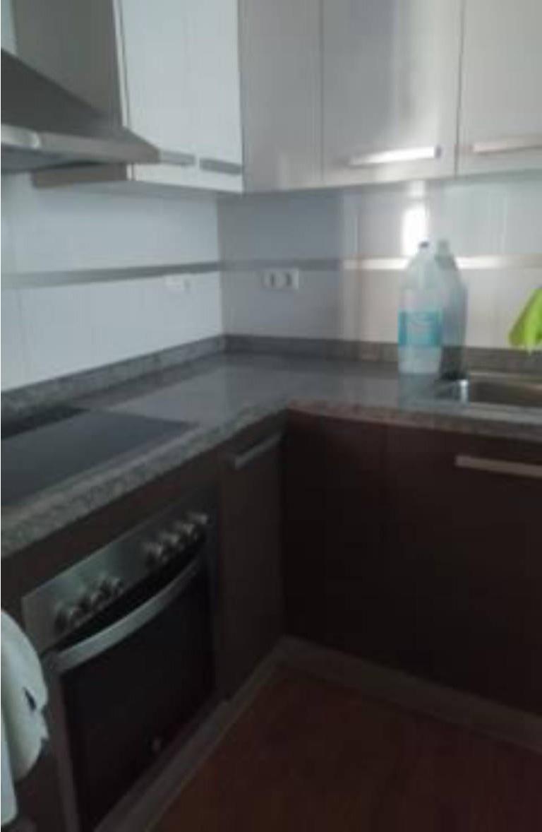 Piso en venta en Piso en Alicante/alacant, Alicante, 140.500 €, 1 habitación, 1 baño, 98 m2