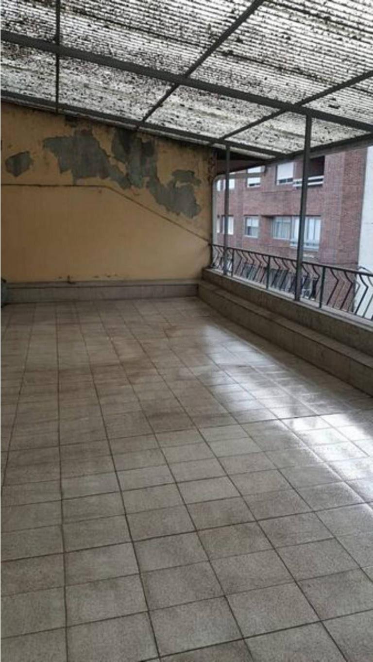 Piso en venta en Ribadavia, Ourense, Avenida Do Ribeiro, 81.900 €, 3 habitaciones, 2 baños, 129 m2