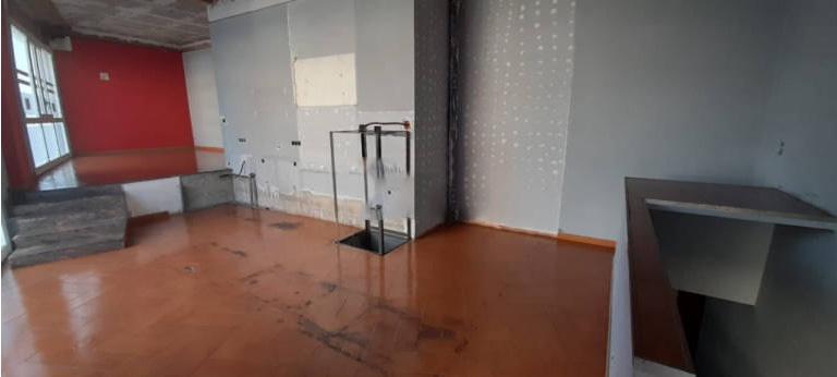Local en venta en Figueres, Girona, Avenida Costa Brava, 73.000 €, 116 m2