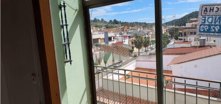 Piso en venta en Artana, Castellón, Calle Valle Uxó, 56.000 €, 4 habitaciones, 1 baño, 115 m2