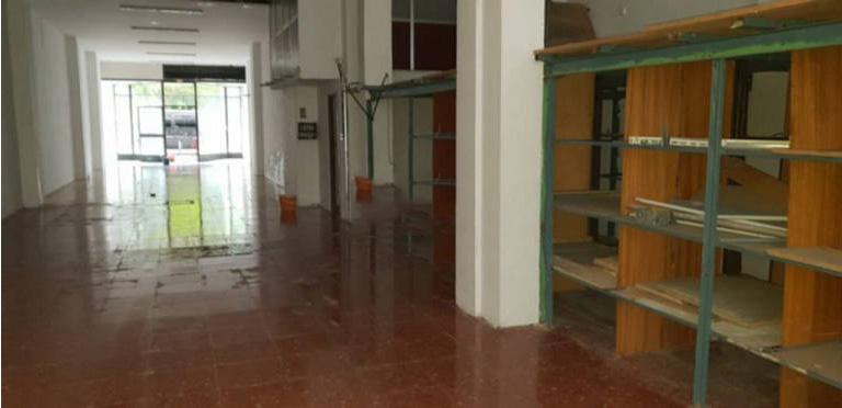 Local en venta en Logroño, La Rioja, Calle Gonzalo de Berceo, 147.000 €, 217 m2