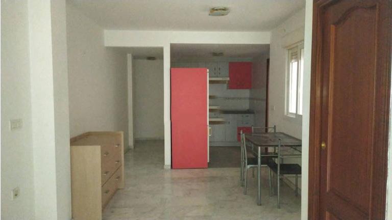 Piso en venta en Motril, Granada, Calle Monjas, 115.000 €, 2 habitaciones, 2 baños, 104 m2
