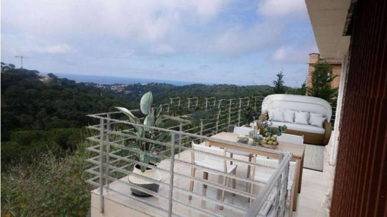 Piso en venta en Lloret de Mar, Girona, Calle Fonoll, 280.000 €, 4 habitaciones, 3 baños, 264 m2