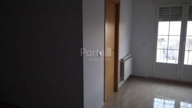 Piso en venta en Puertollano, Ciudad Real, Calle Cordoba, 65.000 €, 3 habitaciones, 2 baños, 87 m2