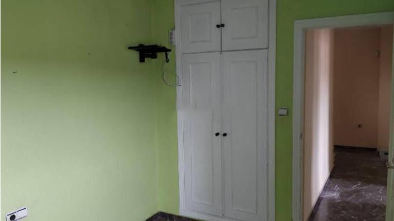 Casa en venta en Casa en Huétor Vega, Granada, 122.000 €, 4 habitaciones, 2 baños, 156 m2, Garaje