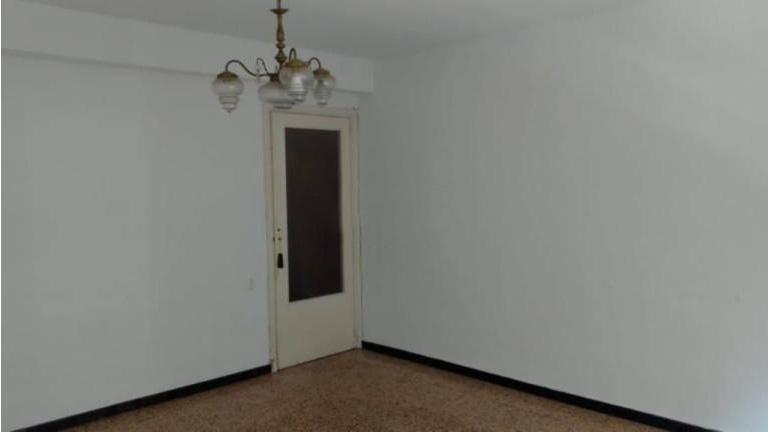 Piso en venta en Carolinas Bajas, Alicante/alacant, Alicante, Calle Dato Iradier, 87.500 €, 3 habitaciones, 2 baños, 105 m2