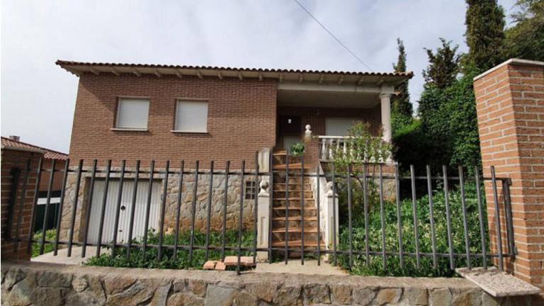 Casa en venta en Parque de la Castillas, Torrejón del Rey, Guadalajara, Calle Fontanar, 172.000 €, 3 habitaciones, 2 baños, 153 m2