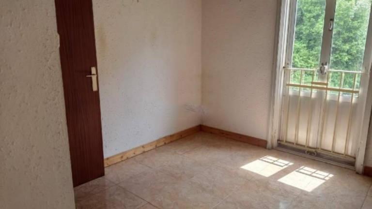 Piso en venta en Sector 4, Santander, Cantabria, Calle El Castro, 54.000 €, 2 habitaciones, 1 baño, 68 m2