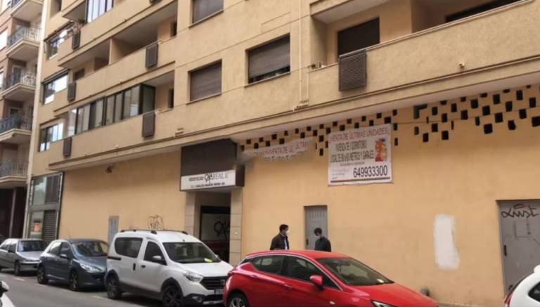 Local en venta en Águilas, Murcia, Calle Virgen de la Fuensanta, 48.000 €, 97 m2