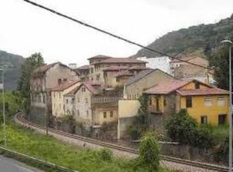 Casa en venta en Coto de Caza, Aller, Asturias, Calle Pinga, 31.000 €, 150 m2
