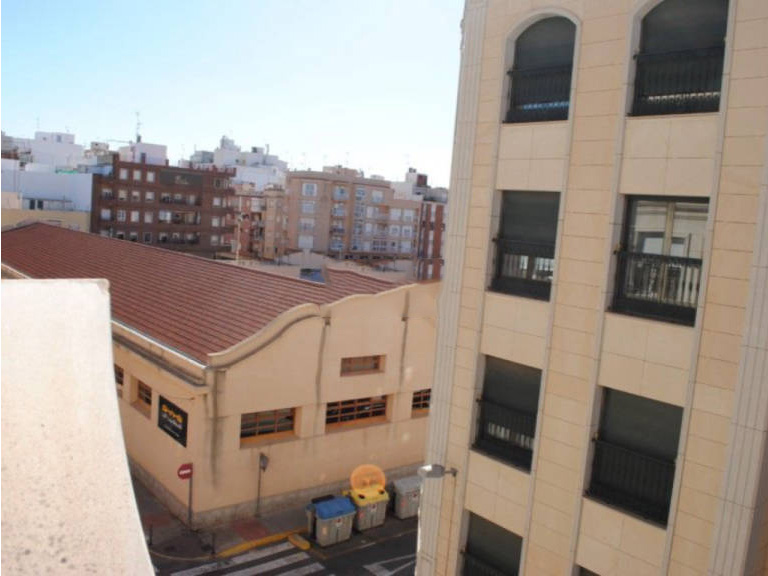 Casa en venta en Elche/elx, Alicante, Calle Jose M Castaño Martinez, 345.000 €, 4 habitaciones, 2 baños, 348,22 m2