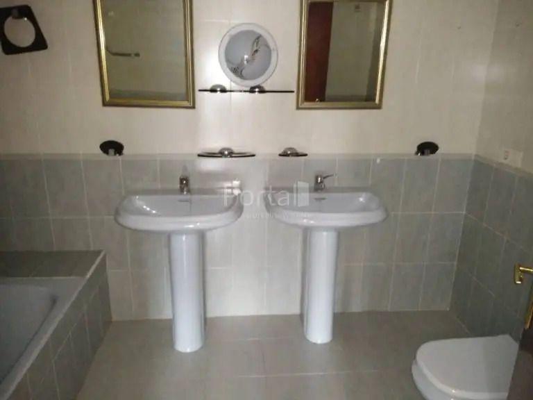 Casa en venta en Casa en Zuia, Álava, 295.000 €, 4 habitaciones, 2 baños, 298 m2