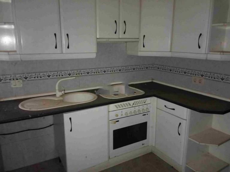 Piso en venta en Saelices, Cuenca, Calle Real, 71.900 €, 2 habitaciones, 1 baño, 135,49 m2