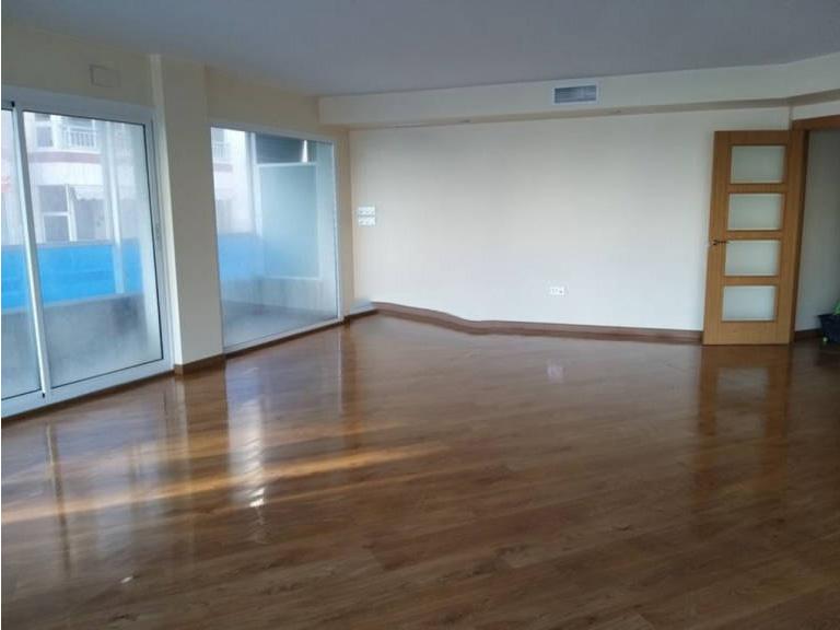Piso en venta en Altea, Alicante, Calle la Mar, 235.000 €, 3 habitaciones, 2 baños, 166,95 m2