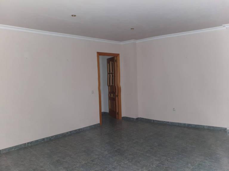 Piso en venta en Macael, Almería, Calle Manuel de la Falla, 77.000 €, 2 habitaciones, 2 baños, 92,74 m2
