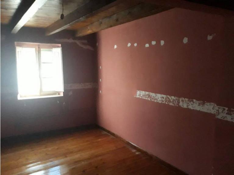 Piso en venta en Sotresgudo, Burgos, Avenida Constitucio, 62.900 €, 5 habitaciones, 1 baño, 275 m2
