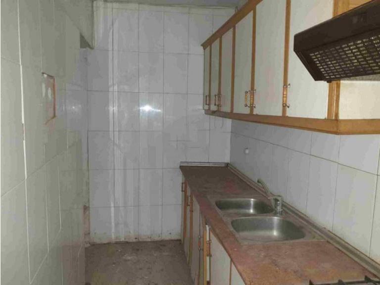 Casa en venta en Distrito Bellavista-la Palmera, San Clemente, Cuenca, Calle San Roque, 51.900 €, 4 habitaciones, 1 baño, 94 m2