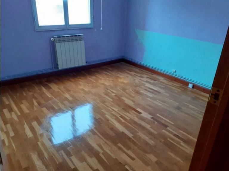 Piso en venta en Miranda de Ebro, Burgos, Calle Arenal, 52.000 €, 3 habitaciones, 1 baño, 71 m2