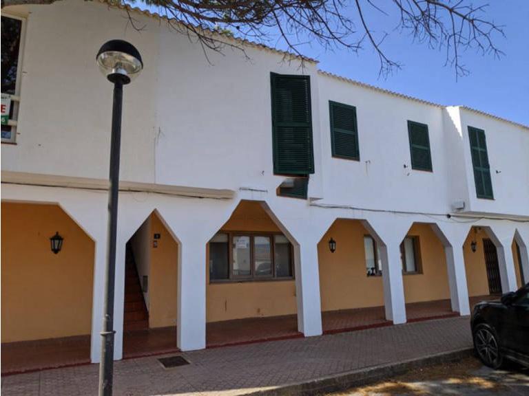 Piso en venta en Ciutadella de Menorca, Baleares, Urbanización Cala Blanca, 101.000 €, 2 habitaciones, 1 baño, 52 m2