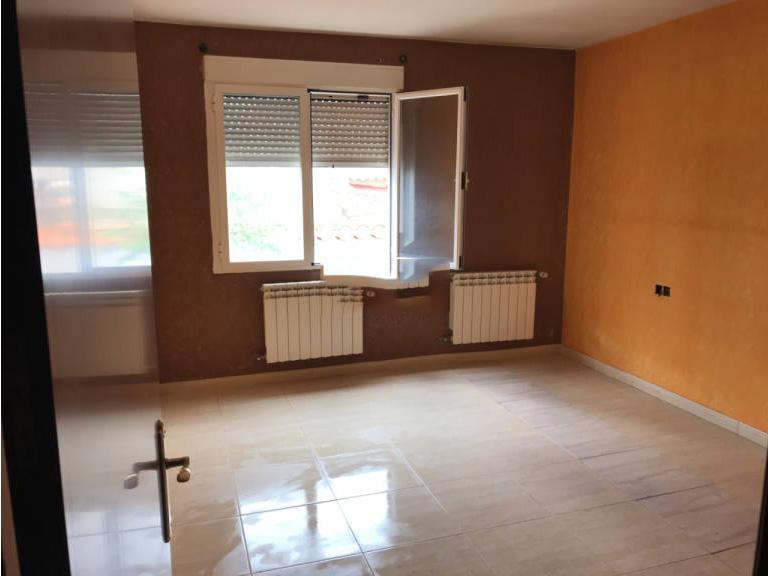 Piso en venta en Argamasilla de Alba, Ciudad Real, Calle Canal Gran Prior, 60.000 €, 2 habitaciones, 1 baño, 91 m2