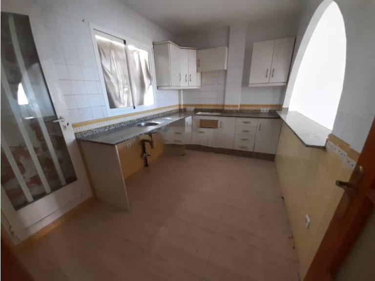 Piso en venta en Cuevas del Almanzora, Almería, Calle Vista Almagro, 70.000 €, 3 habitaciones, 2 baños, 132 m2